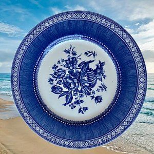 Churchill Dinner Plate OUT OF THE BLUE